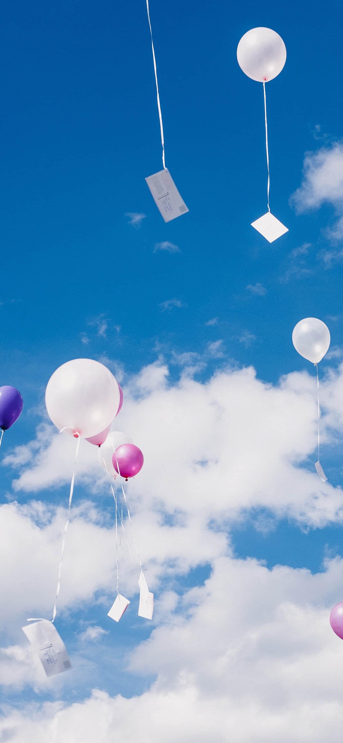七彩气球缤纷多彩手机壁纸