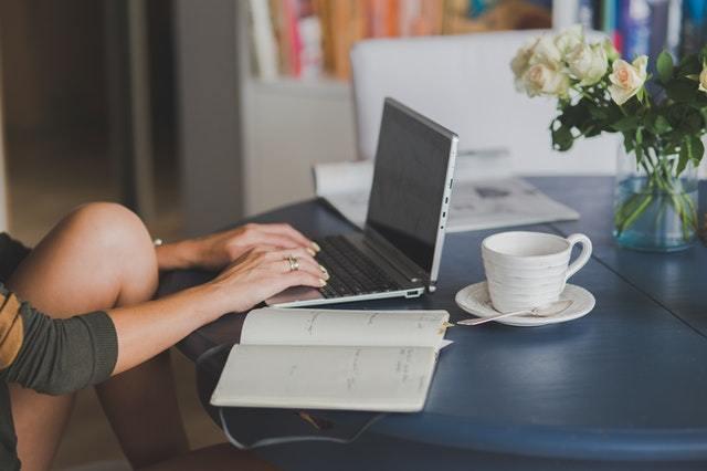 免费辅助网:网站怎么优化才能吸引用户?